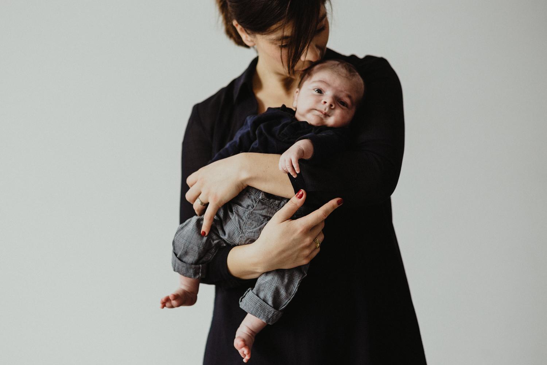 photo  avec photo bébé dans les bras