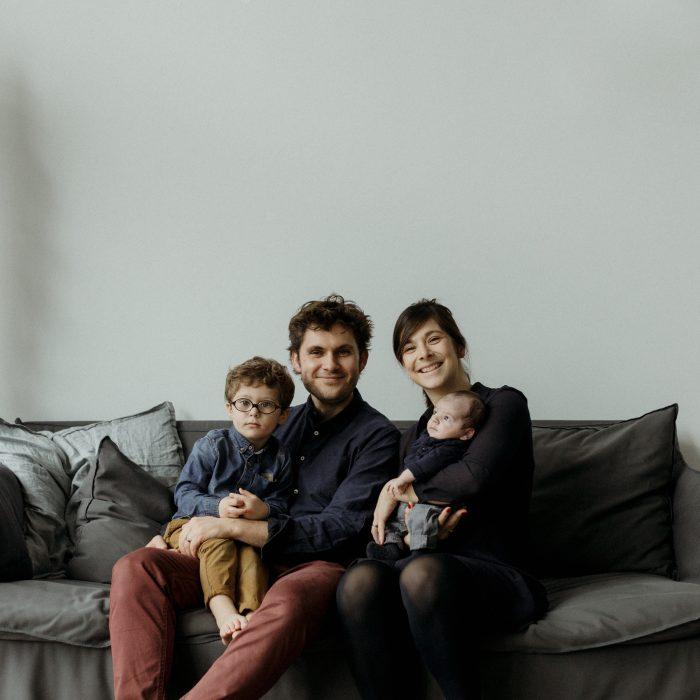 Une séance photo de nouveau né à domicile en Alsace