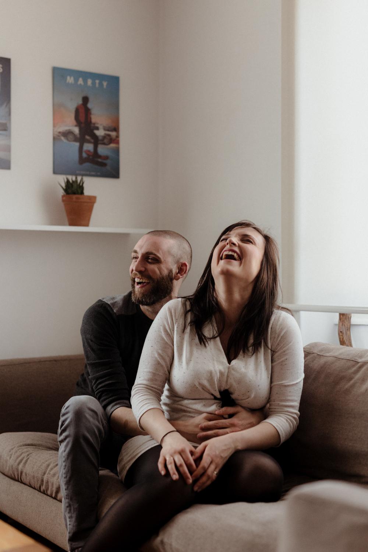photo grossesse, futurs parents heureux