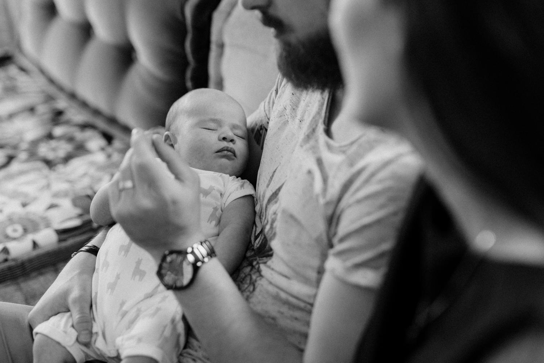 photos de famille nouveau né et papa Strasbourg