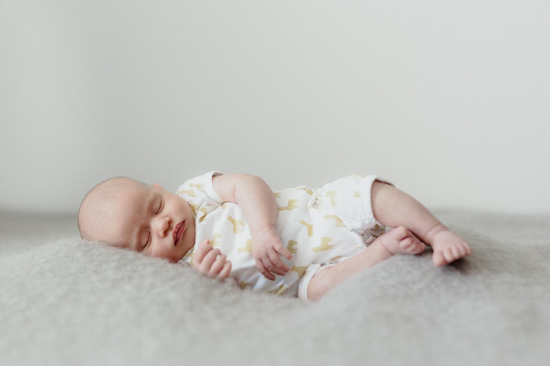 photo bébé relax